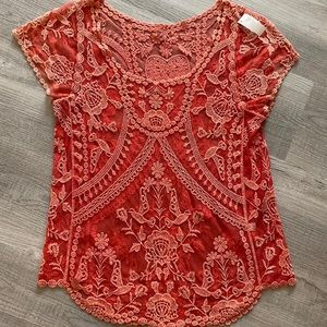 Lace embroidered boho style coral t-shirt